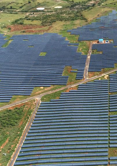 100 MW - NTPC Anantapur, Andhra Pradesh, India's largest solar plant using DCR Modules by Tata Power Solar